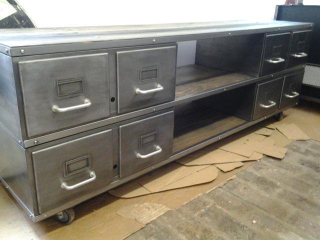 atelier le santer meuble tv. Black Bedroom Furniture Sets. Home Design Ideas